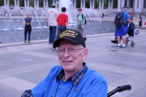 Manhattan Project veteran Ralph Gates at the National World War II Memorial
