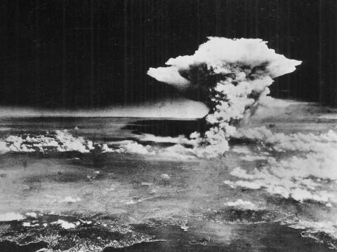 the decision to drop the bomb on hiroshima in 1945 The chronology is always the easiest part the us detonated an atomic bomb over hiroshima on august 6, 1945 the soviet union declared war on japan on august 8th and then invaded japanese-occupied manchuria just after midnight later that day, august 9, a second us a-bomb was dropped on nagasaki .