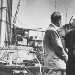 Ernest Rutherford and a colleague at Cavendish Laboratory
