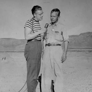 Radio reporter George Cremeens with Kenneth Bainbridge at Trinity, September 1945. Courtesy Howard C. Bush Collection, AHF.