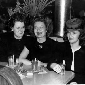 Esther Green (R) with friends at the 400 Restaurant