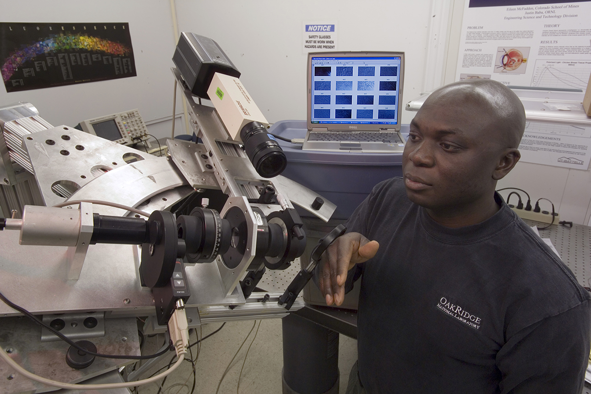 Biomedical engineer Justin Baba at work at ORNL. Photo courtesy of Justin Baba.