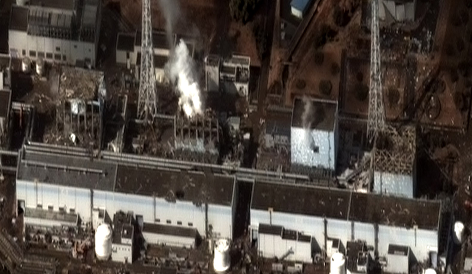 Aerial view of the Fukushima Daiichi Nuclear Power Plant, March 16, 2011. Photo courtesy of Digital Globe/Wikimedia Commons.