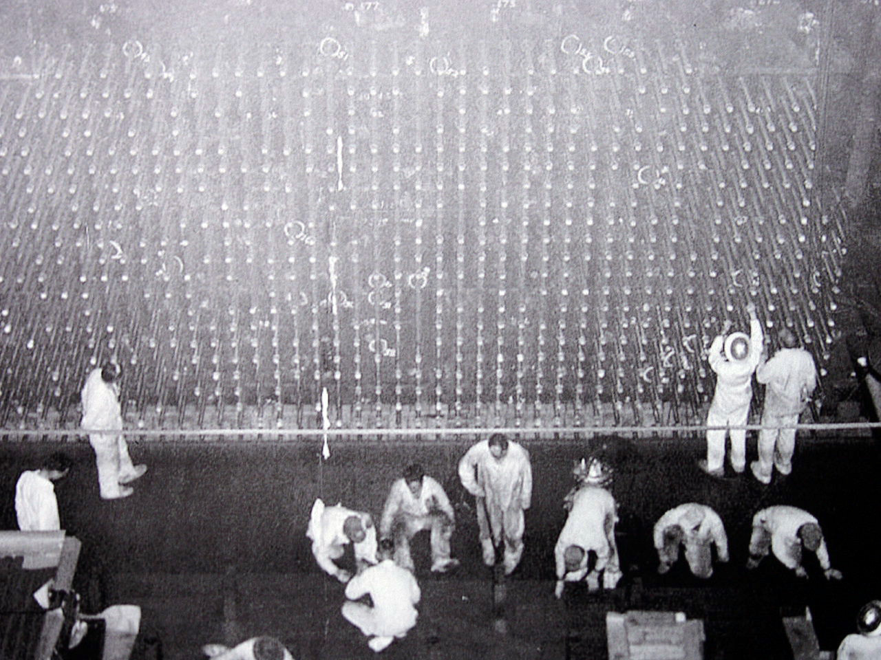 Men working at B reactor.