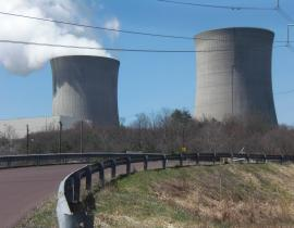 Bell Bend Nuclear Power Plant cooling towers. Photo by Jakec, Wikimedia Commons.