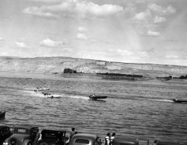 Speedboat races on the Columbia by White Bluffs, 1938. Photo courtesy of Our Hanford History.