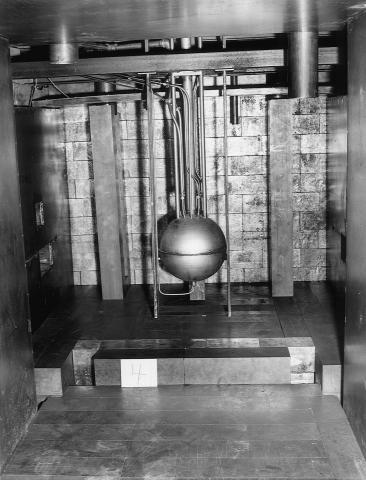 The Los Alamos Water Boiler reactor, circa 1944