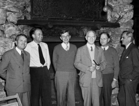The S-1 Committee in 1942: Harold Urey, Ernest Lawrence, James Conant, Lyman Briggs, Edgar Murphree and Arthur Compton