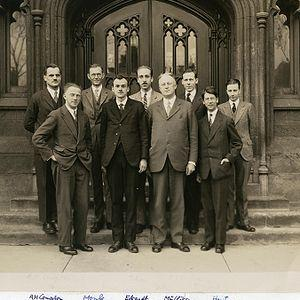 Scientists at the University of Chicago, 1929, including Arthur Compton (back row, left), Robert Mulliken (back row, second from right), and Werner Heisenberg (front row, left). Image courtesy GF Hund/Wikimedia Commons.