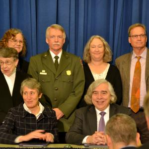 Secretary of Interior Sally Jewell and DOE Secretary Ernie with the Los Alamos delegation