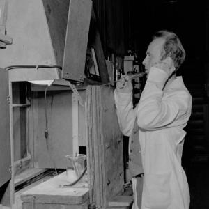 Joseph Hamilton with radioactive sodium experiment, 1939