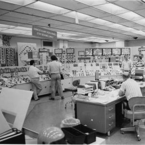 Three Mile Island Control Room. Photo Courtesy of Curtis Bathurst (Flickr): https://www.flickr.com/photos/curtisjbathurst/28387972