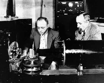 Ernest O. Wollan (right) and Clifford Shull conducted some of the world's first neutron scattering experiments using this diffractometer, installed at the Graphite Reactor in 1950.
