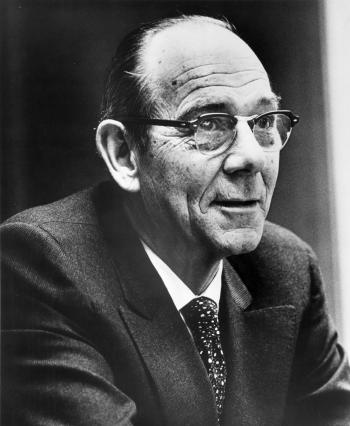 Leon O. Jacobson. Photo Credit: University of Chicago Photographic Archive, [apf1-05216], Special Collections Research Center, University of Chicago Library.