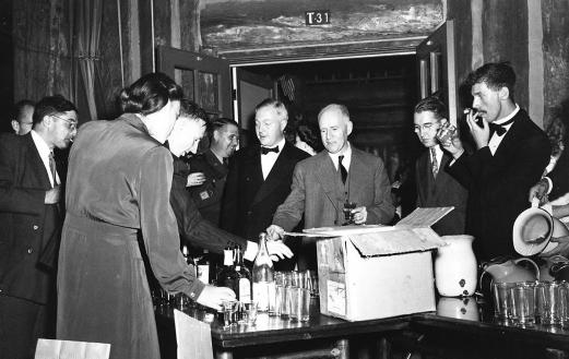 Bar at a British Mission party at Los Alamos, 1945. Photo courtesy of Los Alamos National Laboratory.