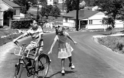 Children playing on the street in Oak Ridge, 1948