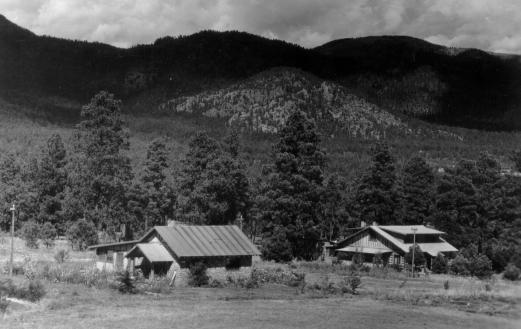 Master Cottages #2 and 3 at Los Alamos. Photo courtesy of the Los Alamos History Museum Archives.